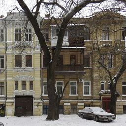Доходный дом Стурдзовской общины сердобольных сестёр на Базарной, 2