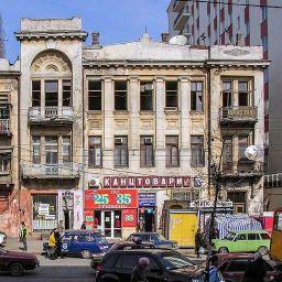 Доходный дом и гастрономический магазин В. А. Дубинина на Пантелеймоновской, 82