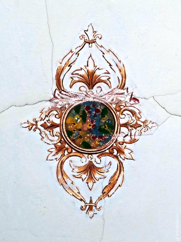 Роспись на потолке лестничной клетки, фрагмент