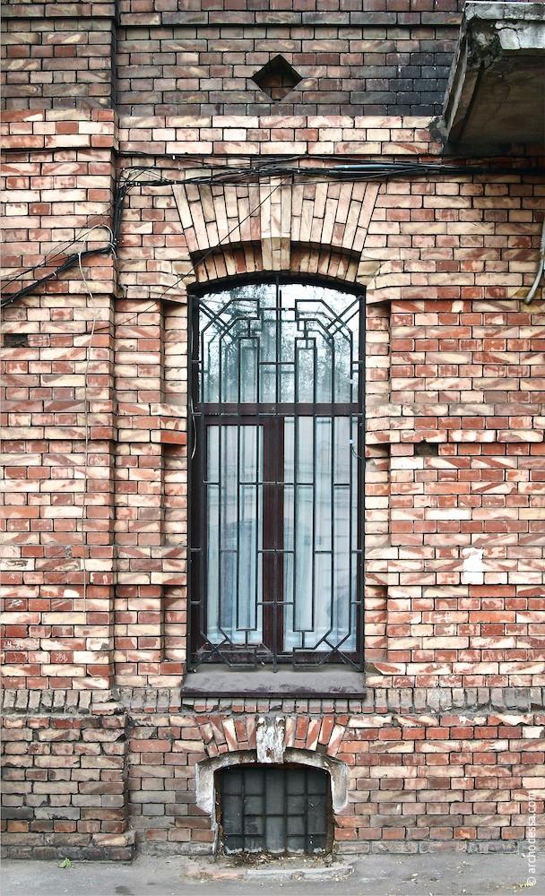 Fenster im Erdgeschoss