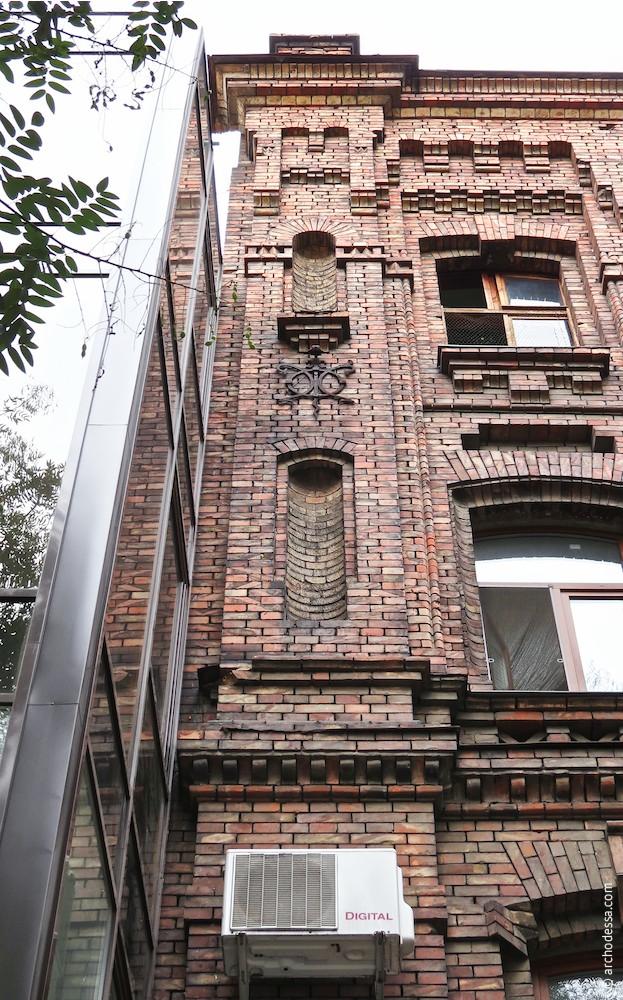 Wandpfeiler, Fassadenflanke