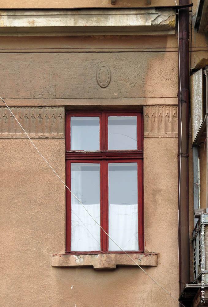 Окна и орнаментальная тяга