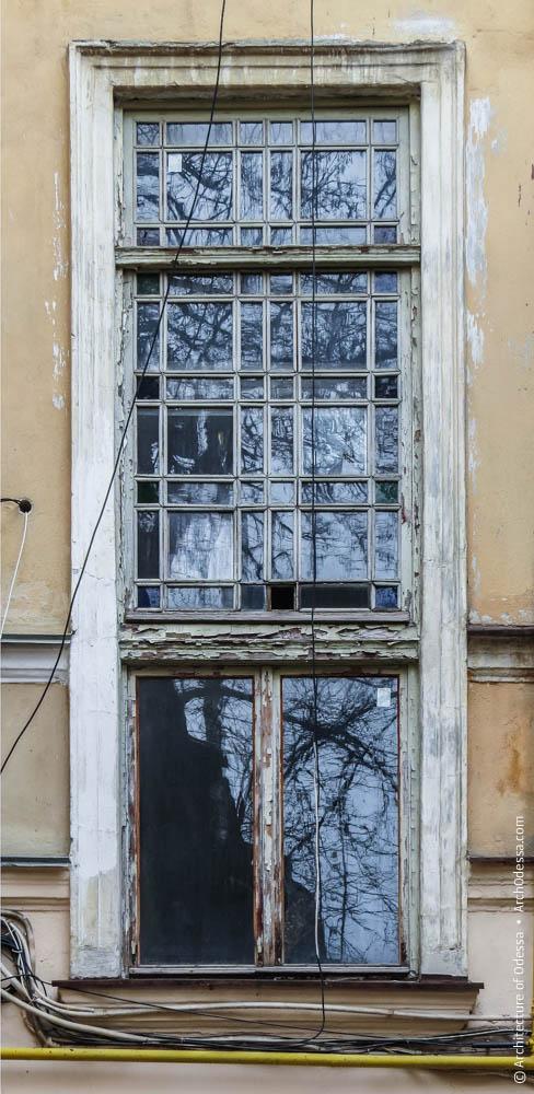 Световое окно подъезда