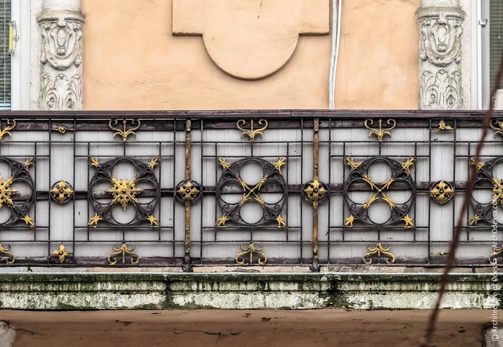 Фрагмент балконного ограждения