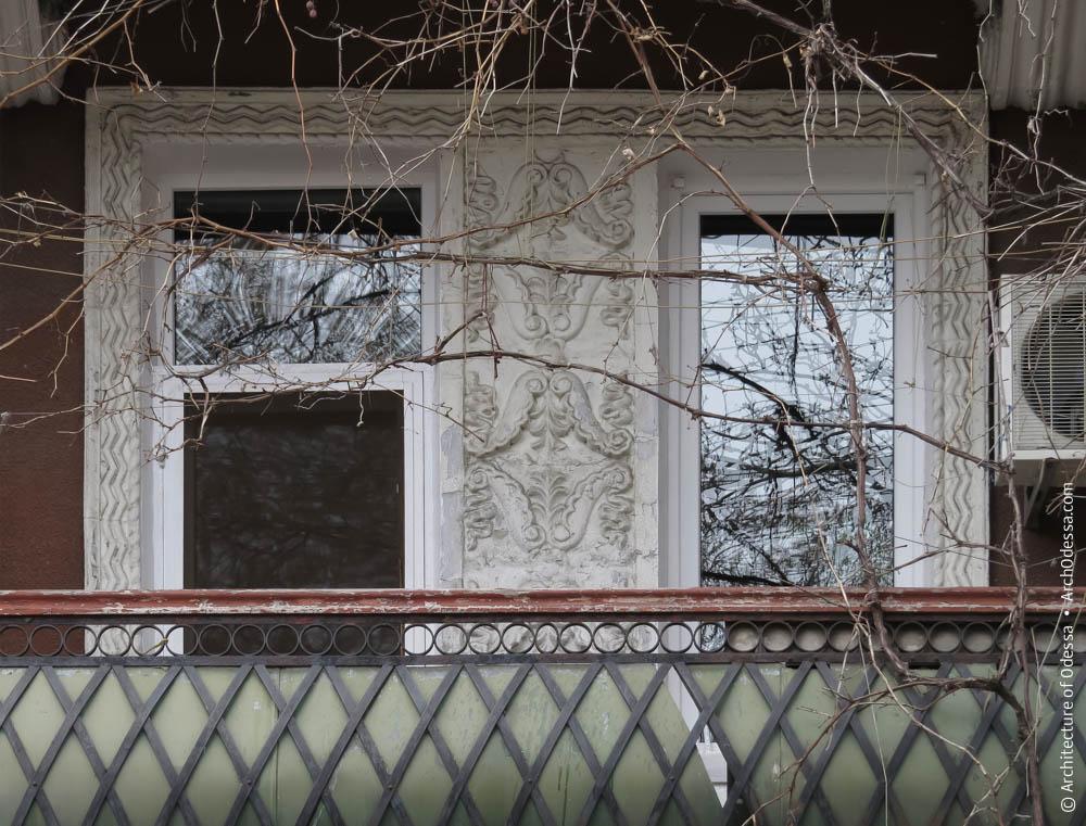 Проемы второго этажа и их декорирование