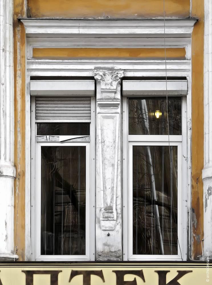 Вікна другого поверху