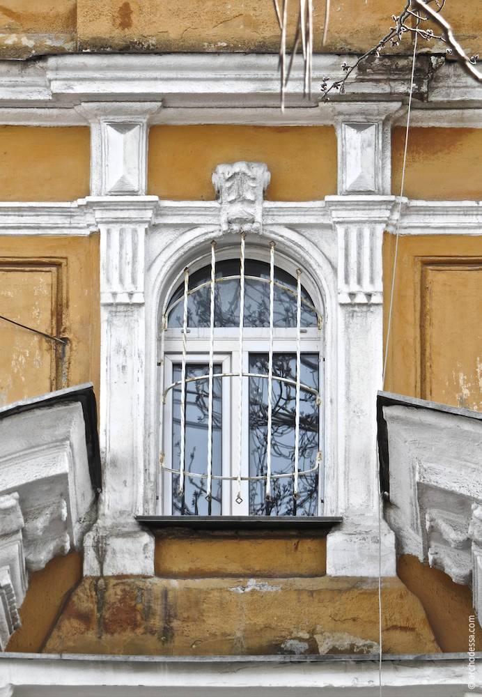 Вікно центральної вісі