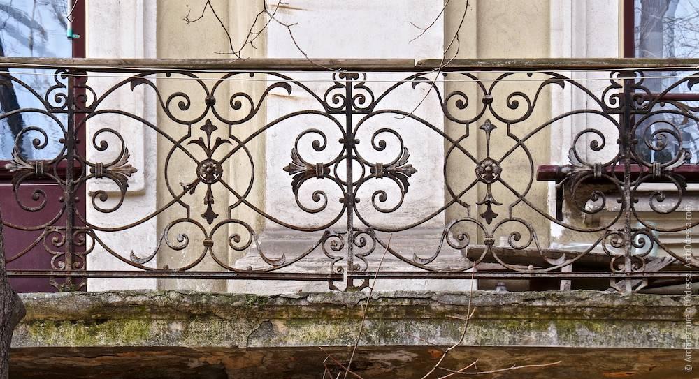 Фрагмент балконного огородження