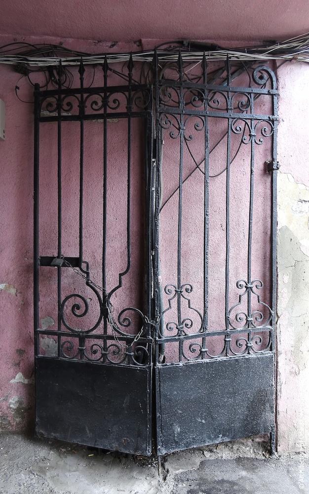 Оригинальные ворота (правая створка)