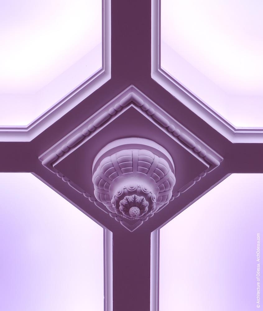 Резной декоративный элемент фонаря