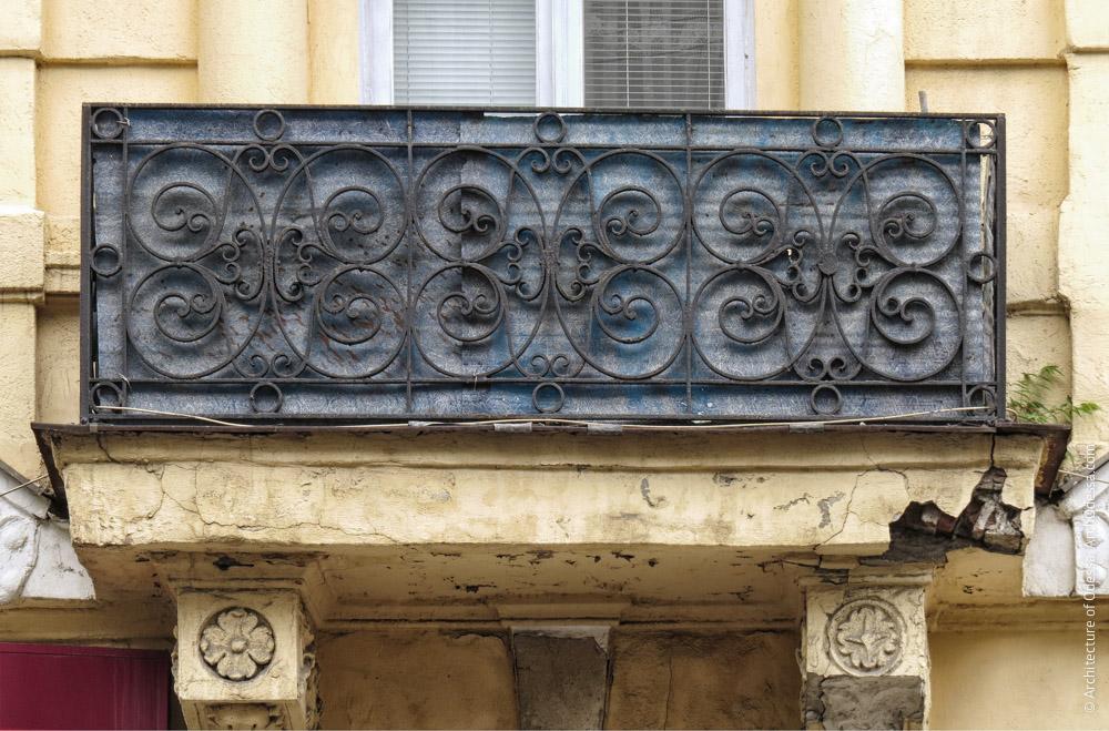 Балкон, огорожі