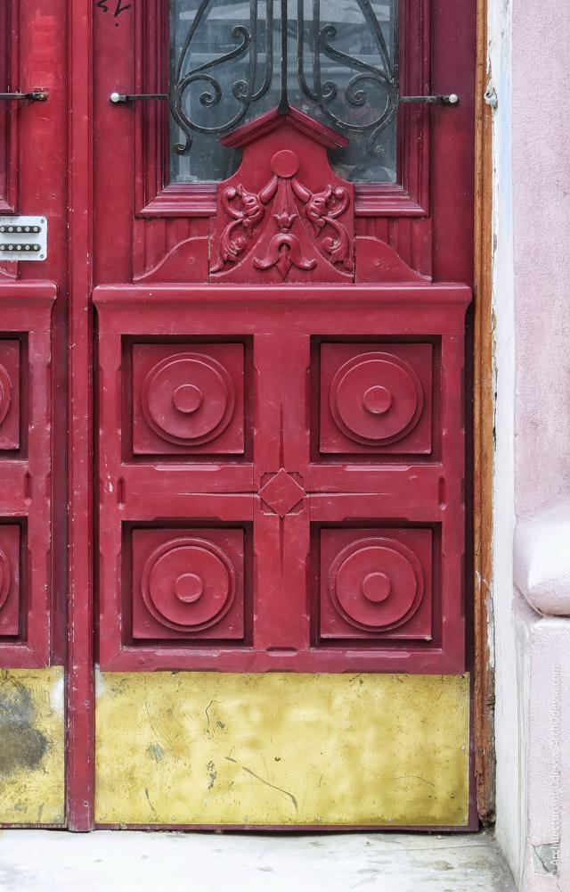 Двері, нижня частина стулки