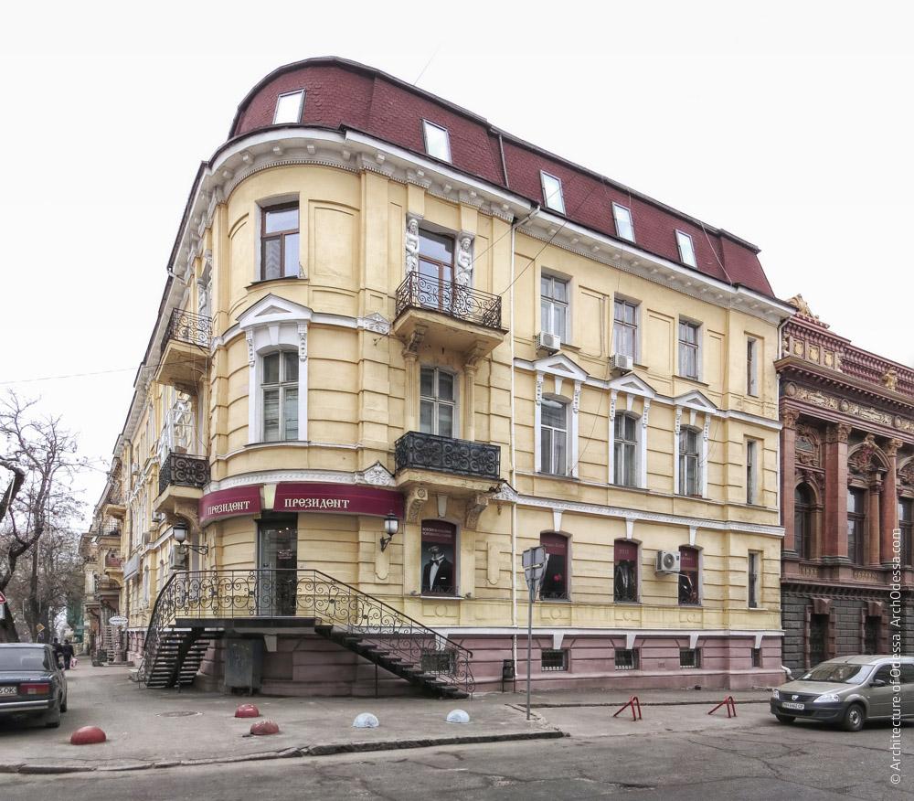 Фасад по Сабанєєву мосту, загальний вигляд