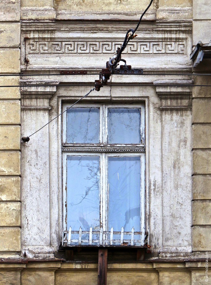 Окно ризалита