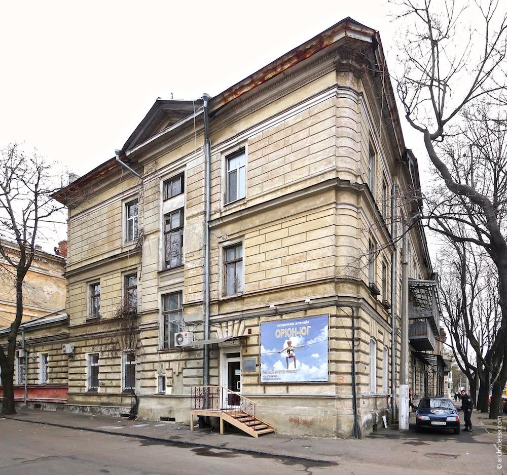 Фасад по переулку Ямчитского (торцевой)