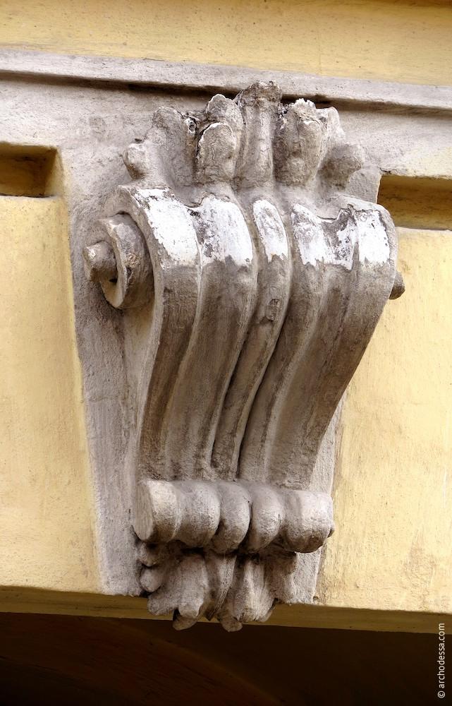 Замковый камень