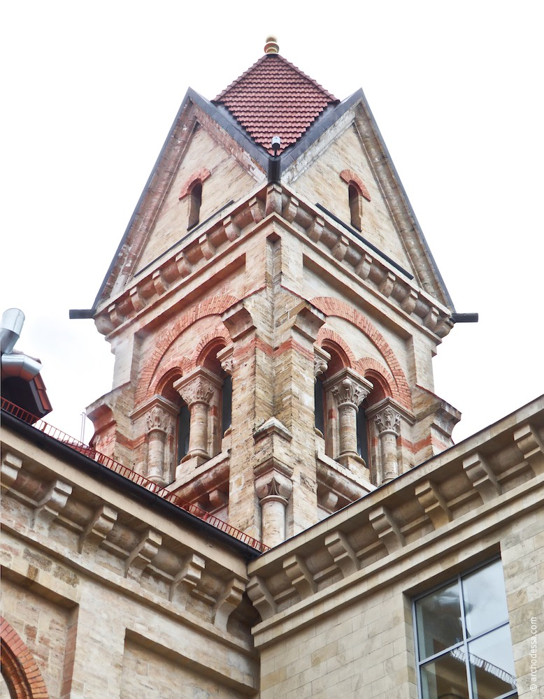 Right-side tower