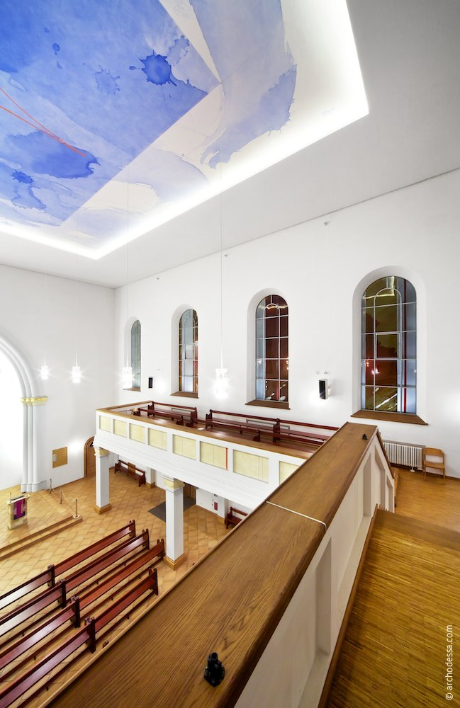 A view of  the second tier windows from the choir