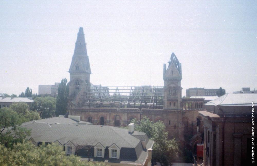 Общий вид с крыши дома на Новосельского, 66, фотография 2004 г.