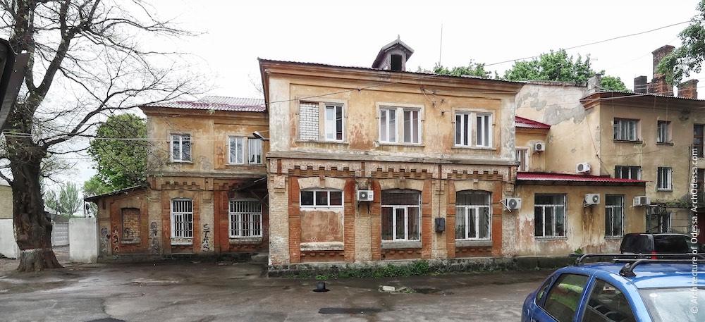 Тыльный фасад, общий вид