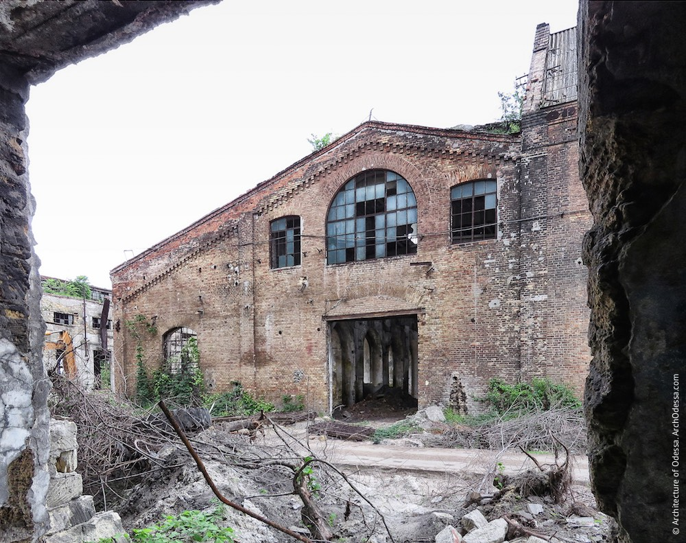 Старий лівобічний цех, загальний вигляд з боку ковальсько-ливарних майстерень
