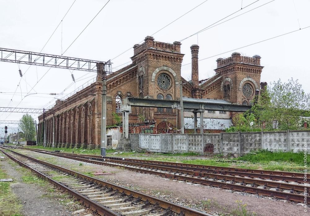 Загальний вигляд з боку станції Одеса-Товарна