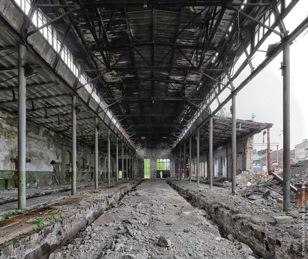 Загальний внутрішній вигляд старої частини депо
