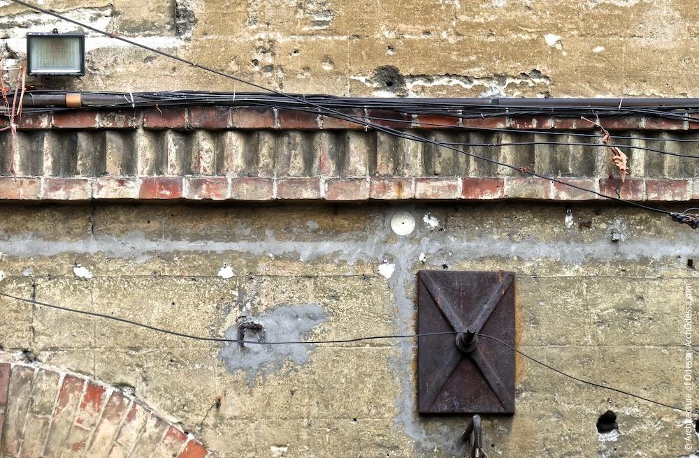 Міжповерхова тяга, фрагмент
