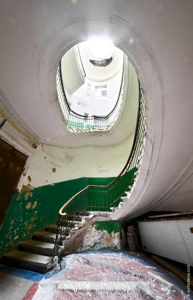 Загальний вигляд з першого поверху