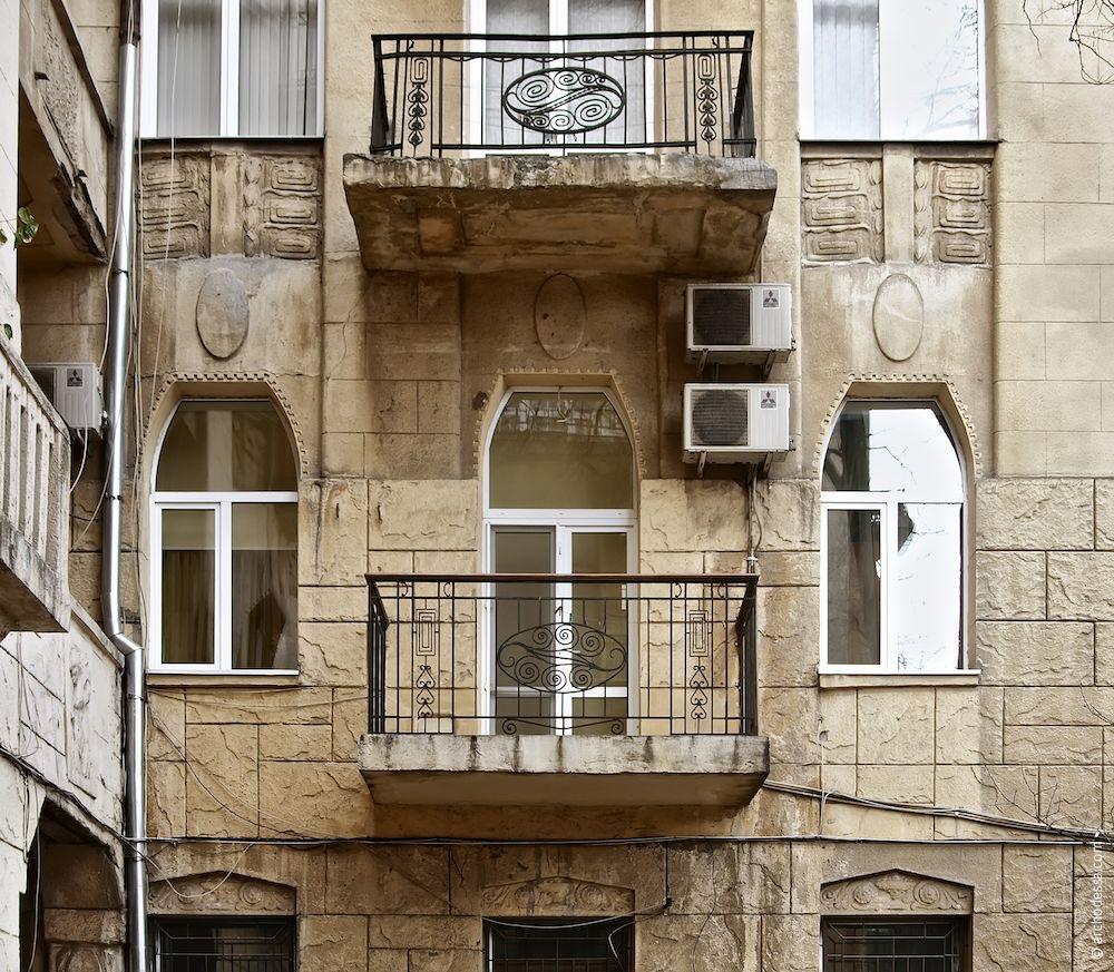 Fenêtres du premier étage