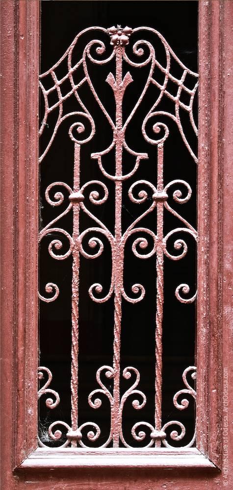 Решетка проема створки двери