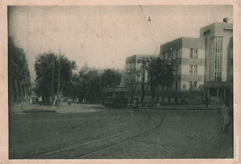 Открытка начала 1930-х годов