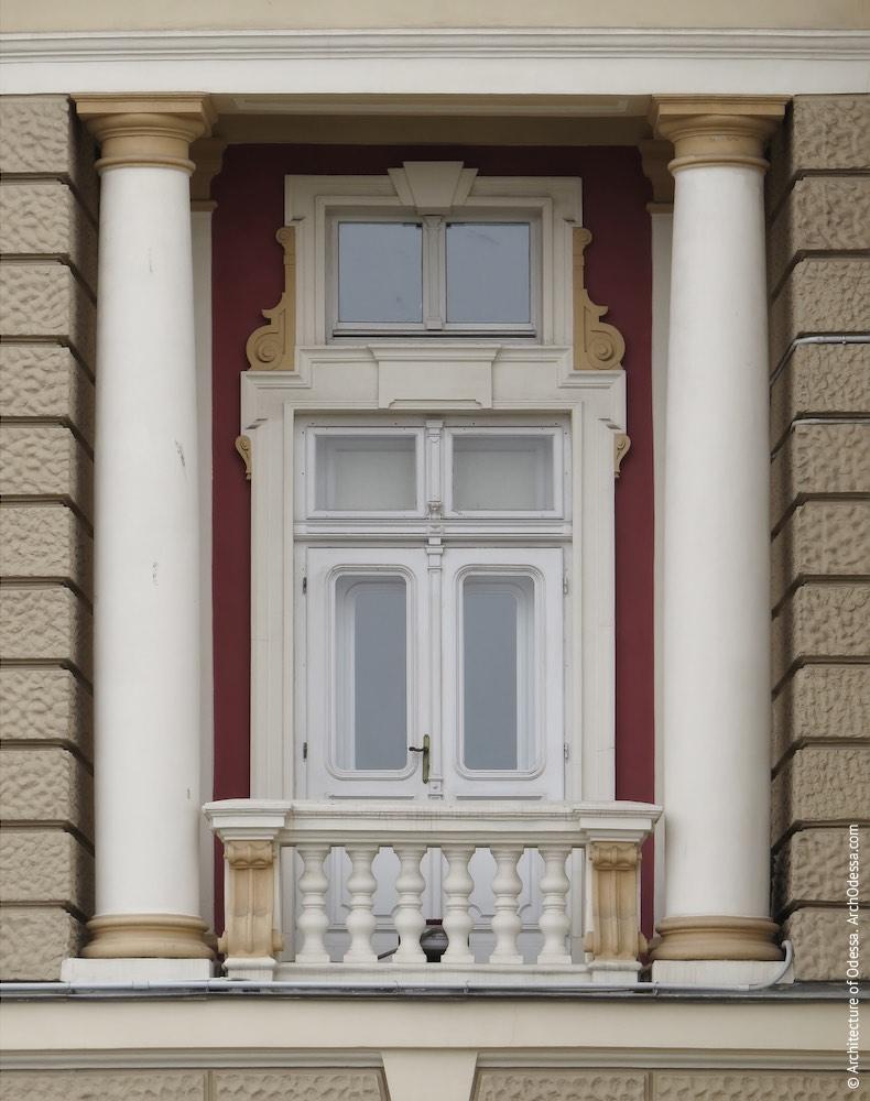 Лоджия второго этажа