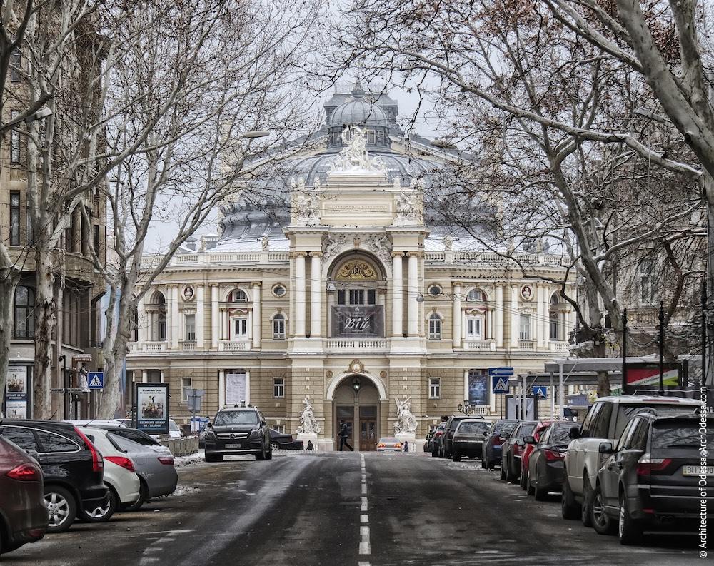 Театр в перспективе Ришельевской