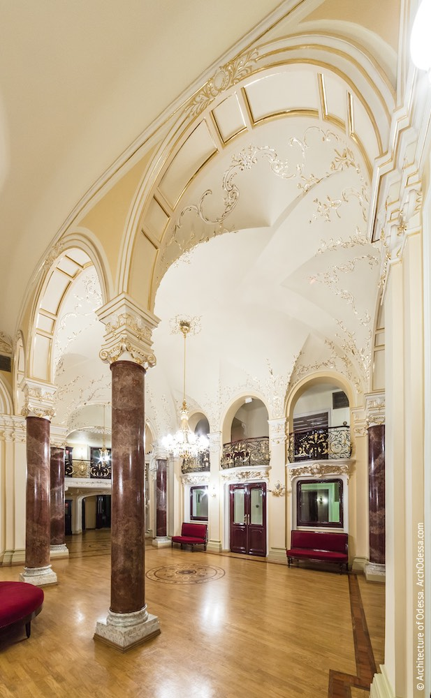 Общий вид одного из объемов с внешней стороны коридора