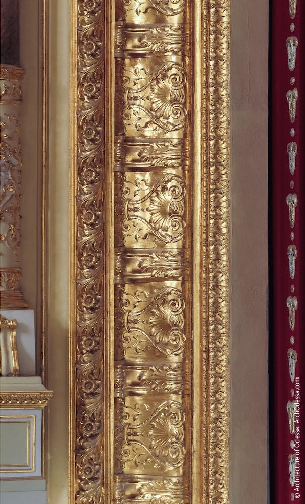Орнамент обрамления портала сцены