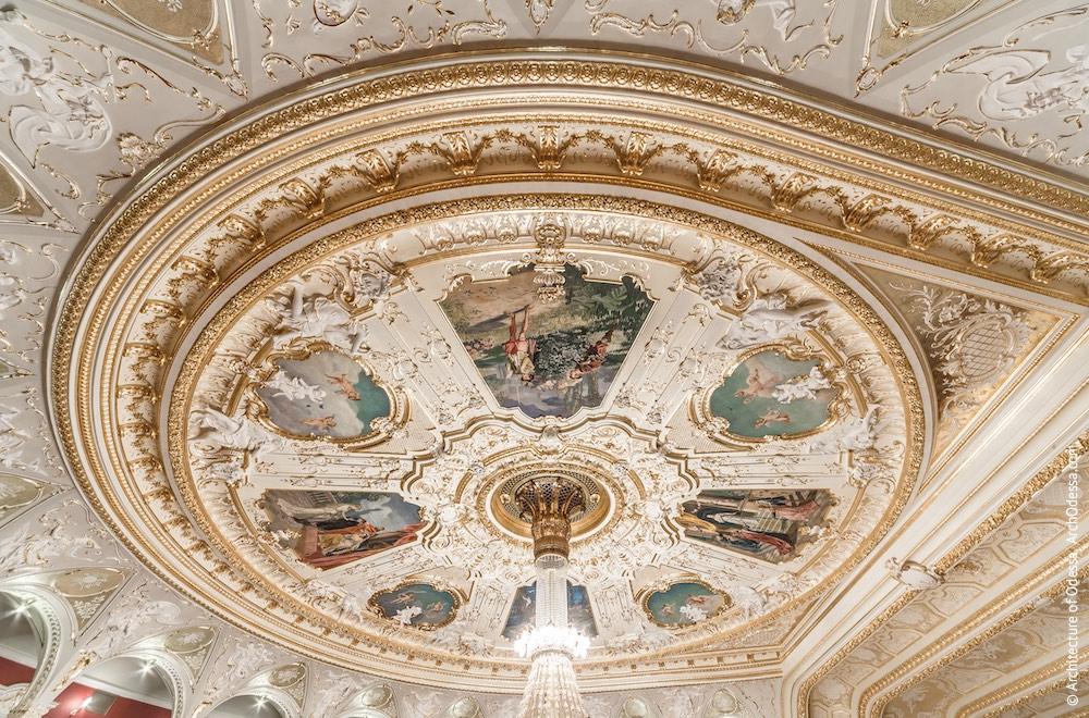 Плафон потолка, общий вид