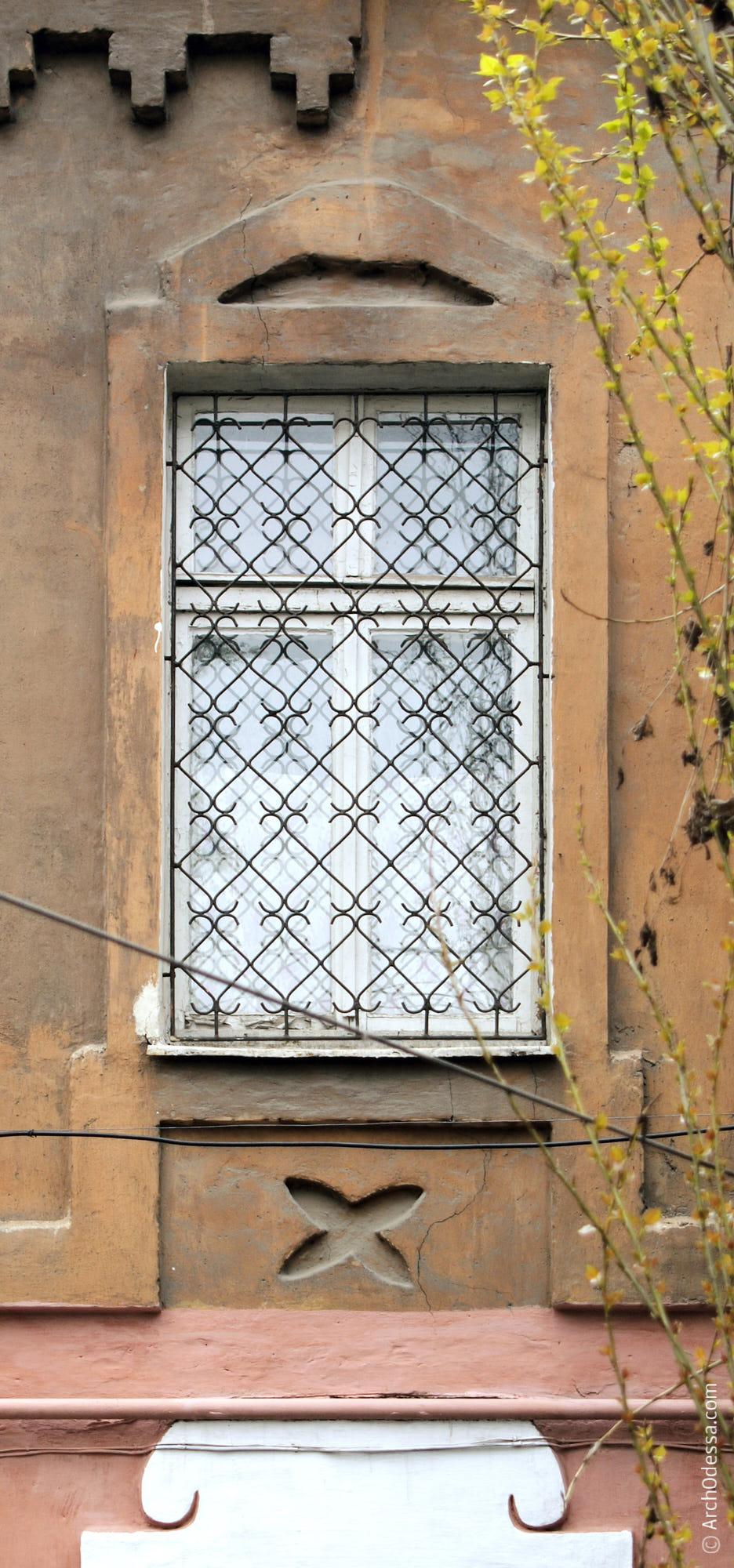 Окно и наличник
