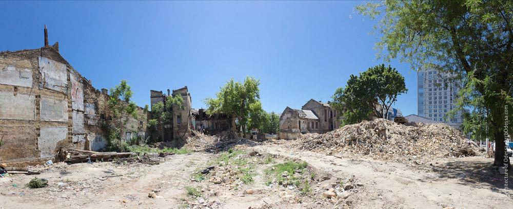 Снос дома, вид на участок и примыкающий отрезок Старорезнической. Фото: А. Гиманов, июнь 2015 г.