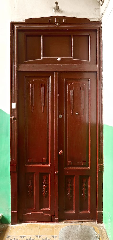 Apartment door(bifold variant)