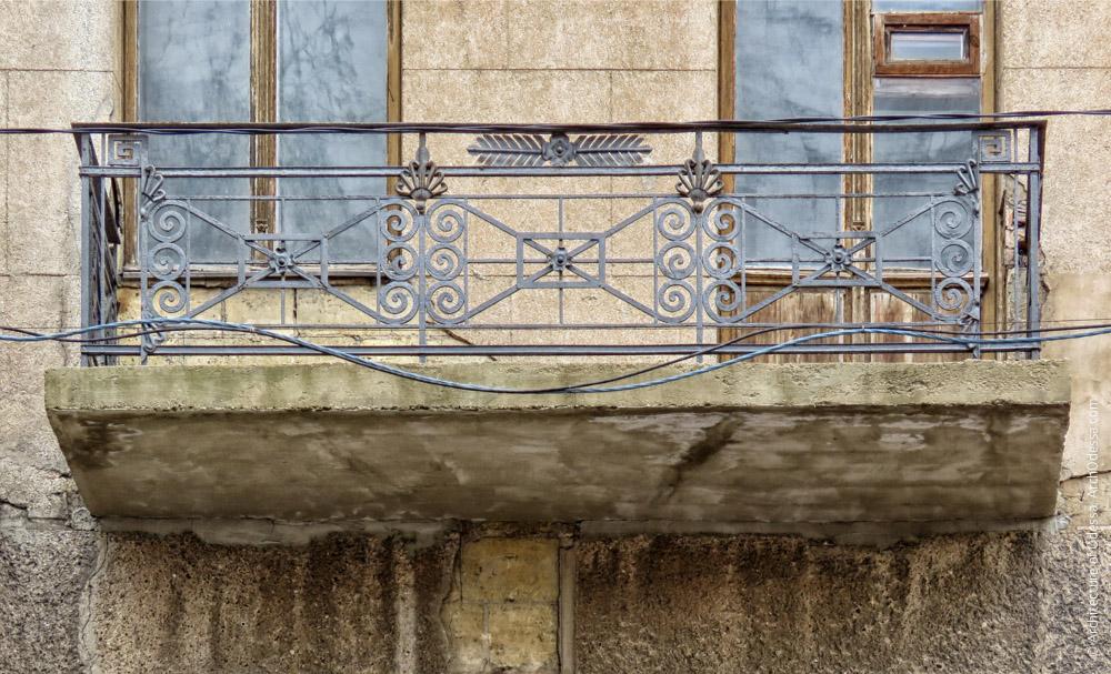 Один из балконов