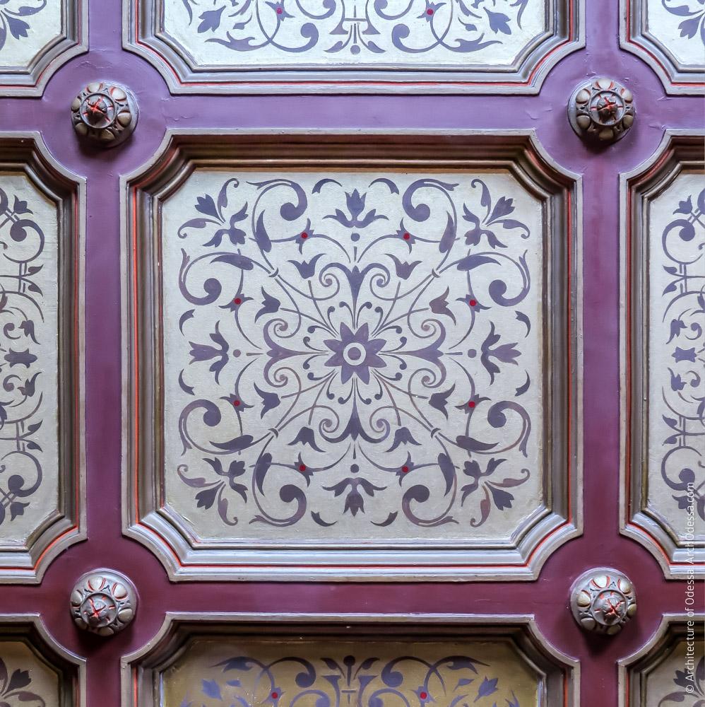 Потолок, расписная филенка