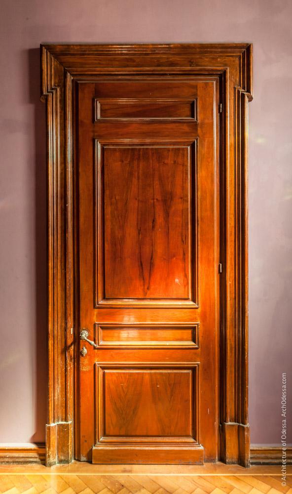 Дверь Мраморной гостиной