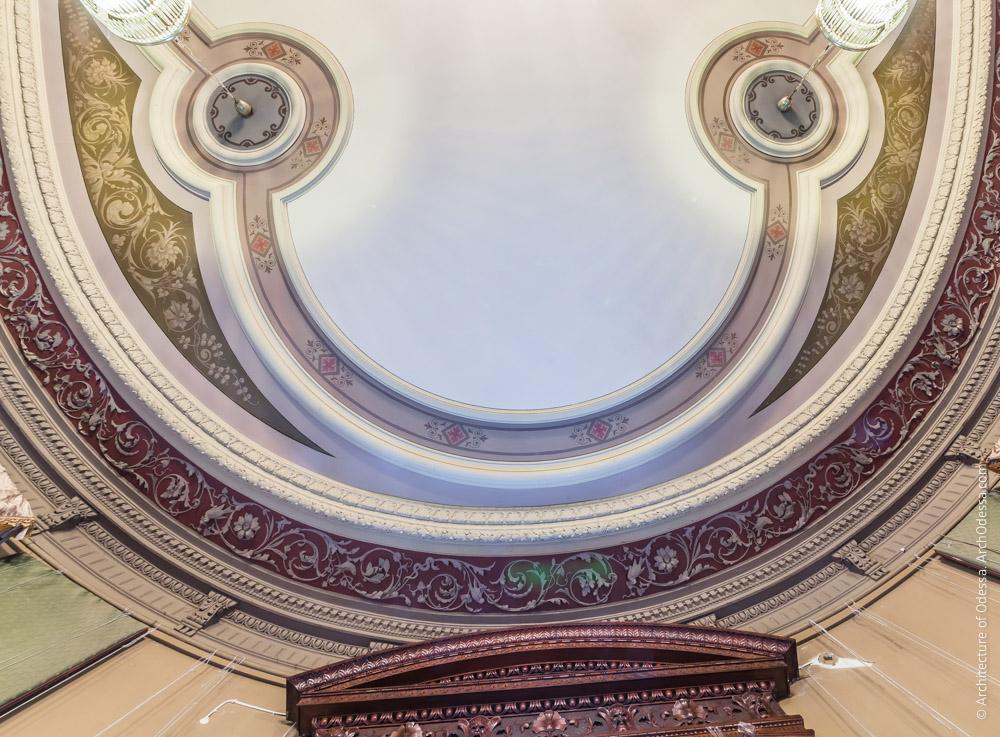 Потолок, деталь