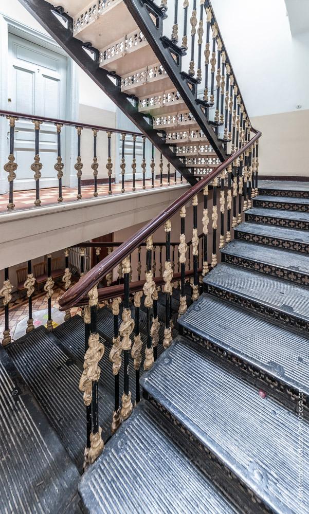 Лестница, общий вид с межпролетной площадки