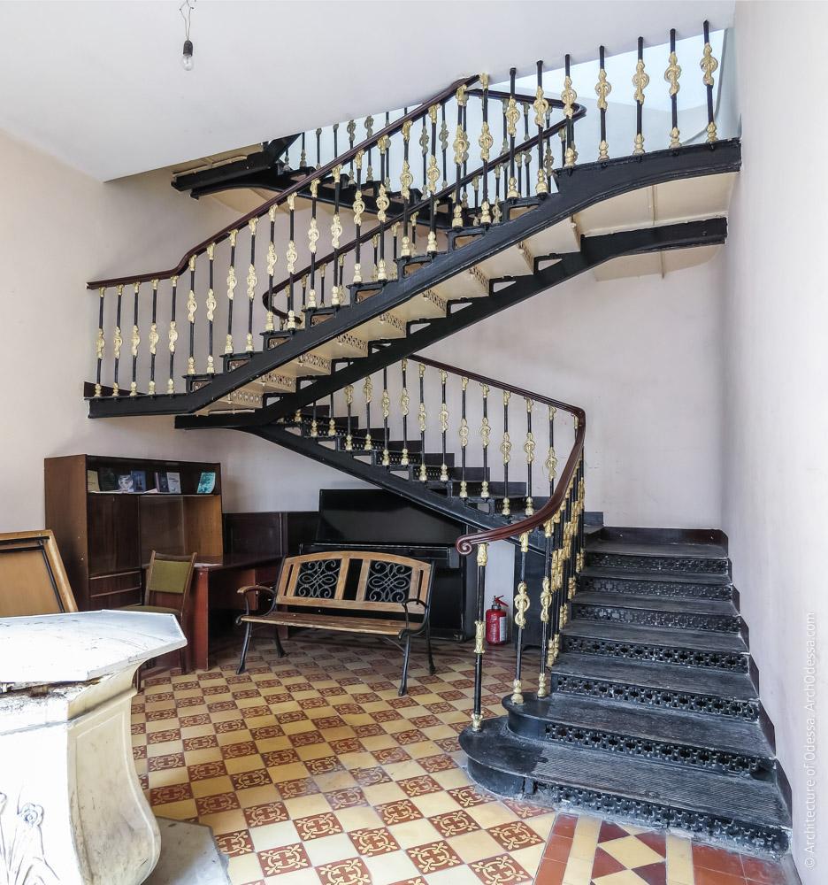 Лестница, общий вид