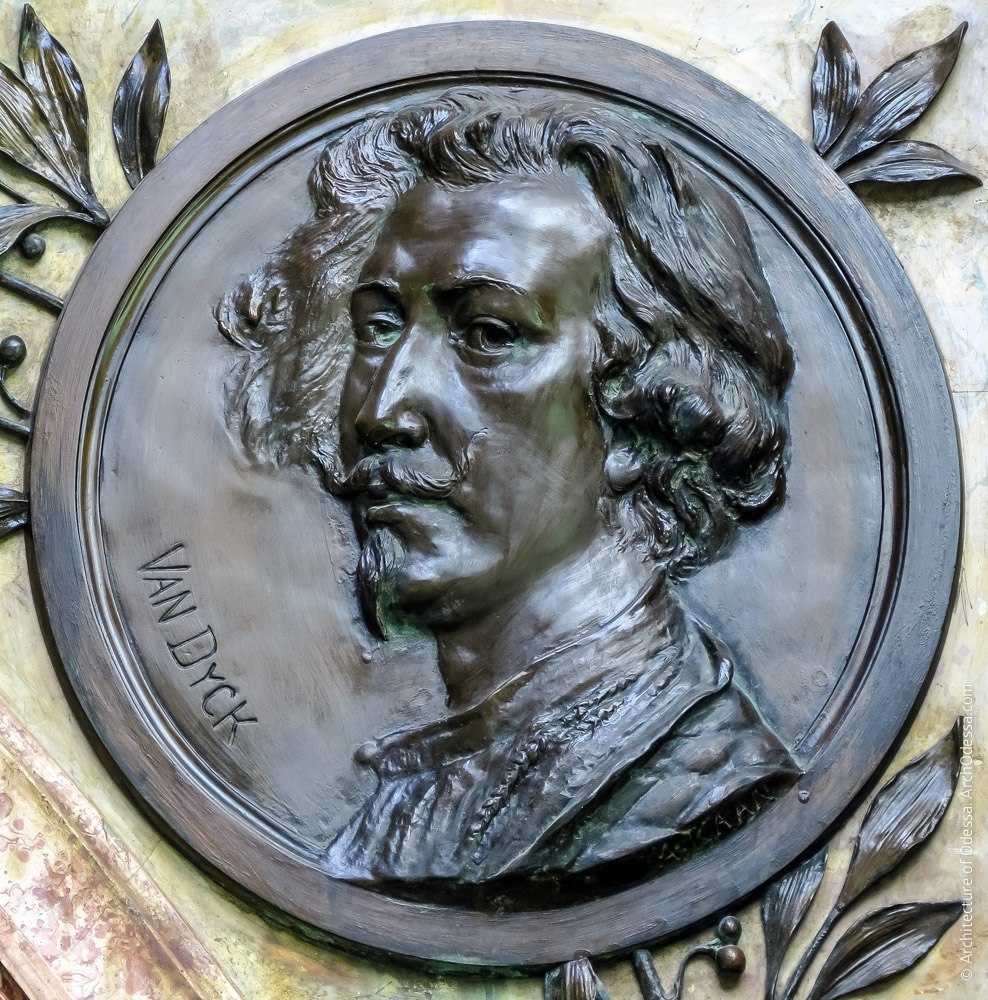 Медальон с портретом Ван Дайка