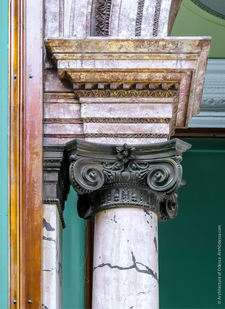 Капитель колонны импоста