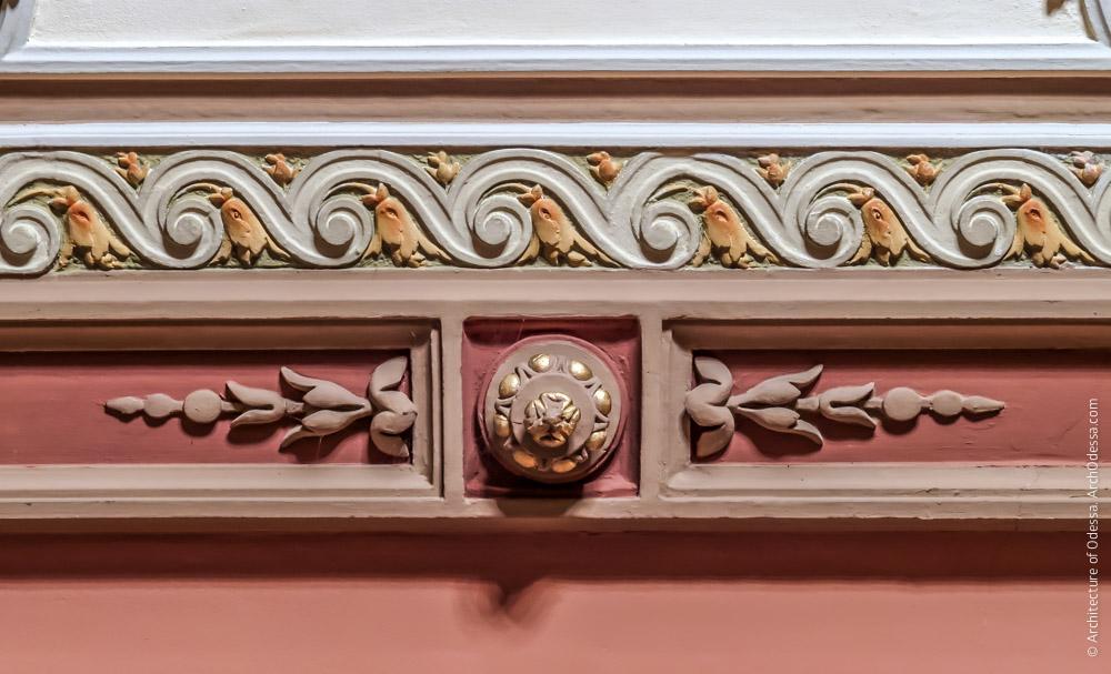 Потолок, лепная деталь