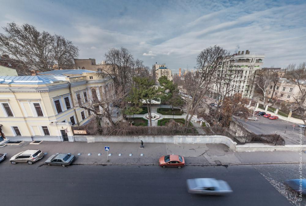 Общий вид с крыши особняка Поммера